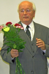 Herr Prof. Dr. Wolfram Dunger