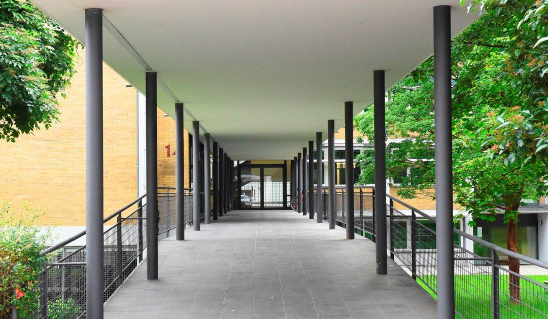 Sbik-f Eingang