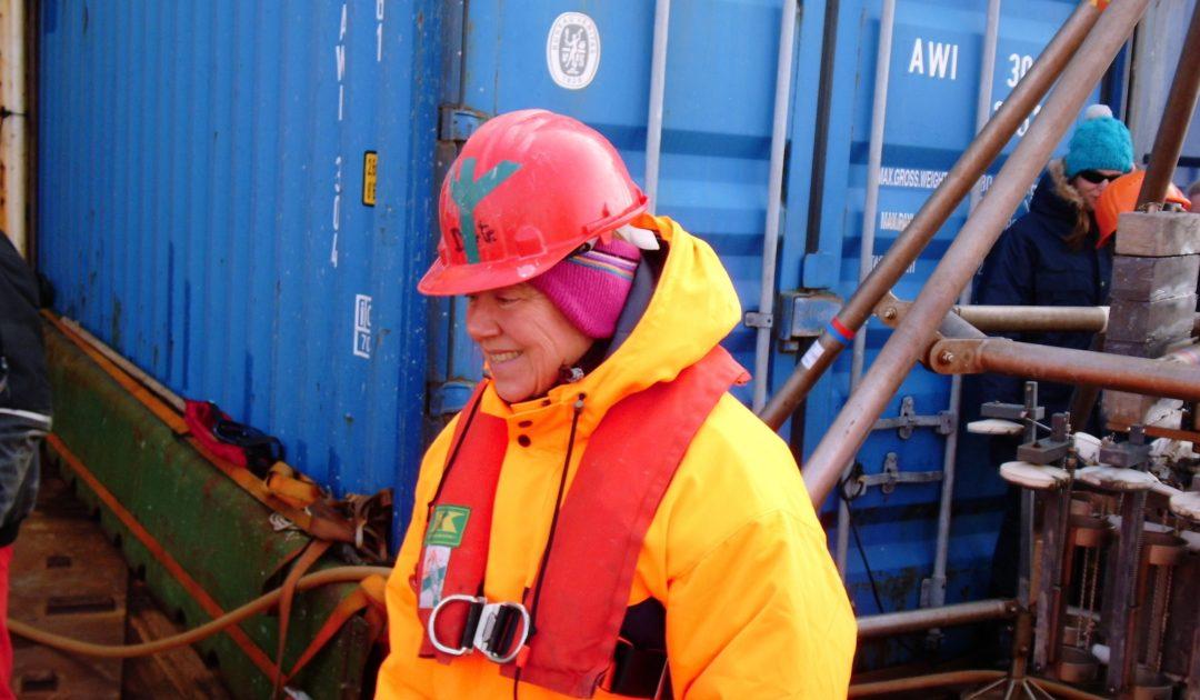 Dorte Janussen im Nasslabor auf der Polarstern