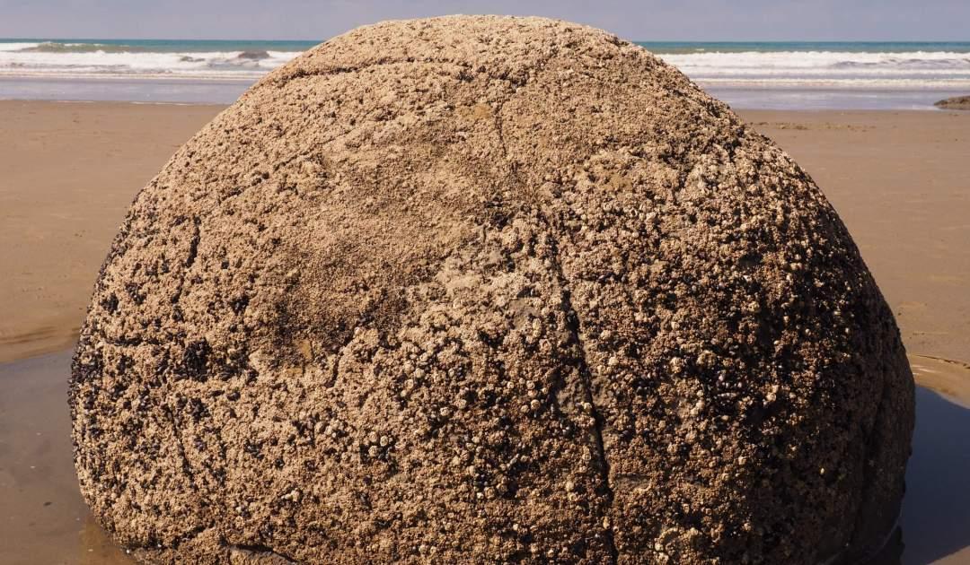 Moraki boulders New Zealand