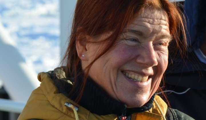 21.02.13_Dorte Janussen auf dem Deck der Polarstern