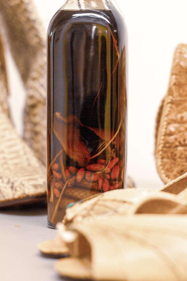 Schlange in Flasche
