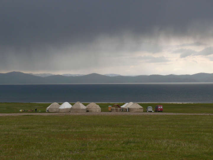 Blick auf den Son-Kul in Kirgisistan